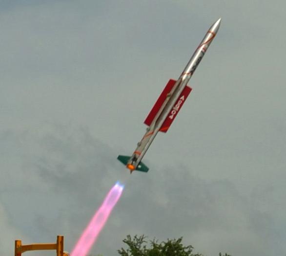 Índia testa com sucesso míssil supersônico Astra